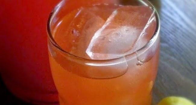 Membuat Es Stroberi Lemon Dengan Panduan Mudah