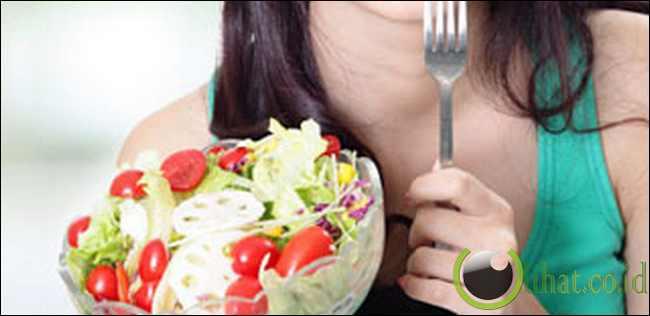 Makan Sayuran Beraneka Berwarna - lihat.co.id