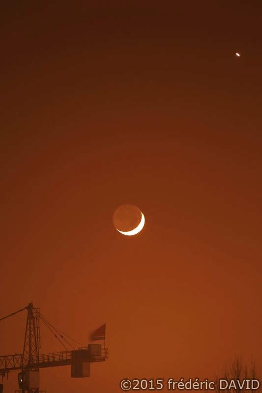 conjonction Lune Vénus ciel nuit lumière astres