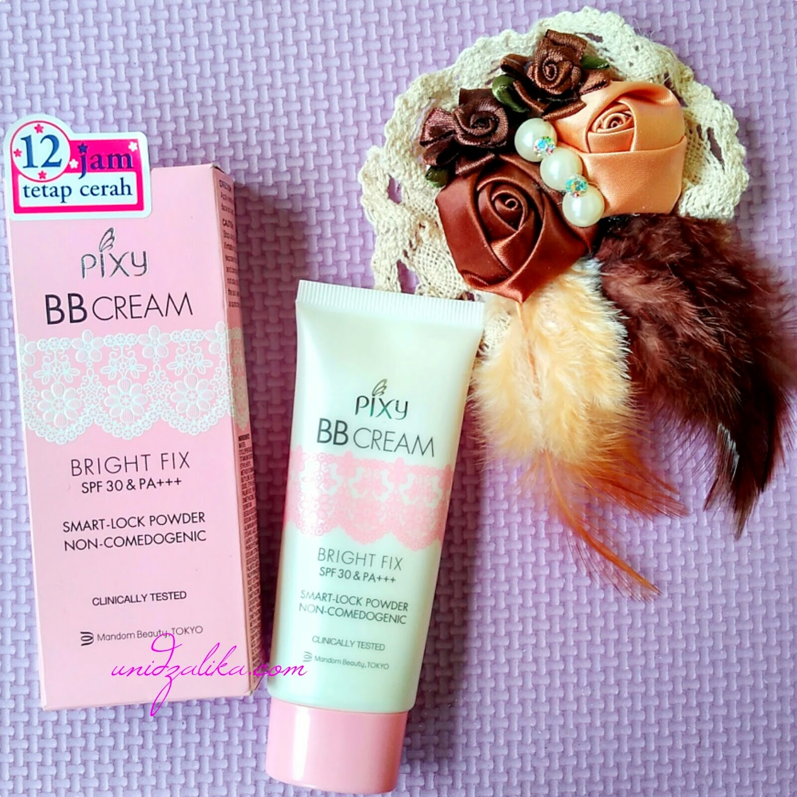 BB Cream Bright Fix SPF 30 PA Smart Look Powder Non edogenic Clinically Tested by Pixy 30ml
