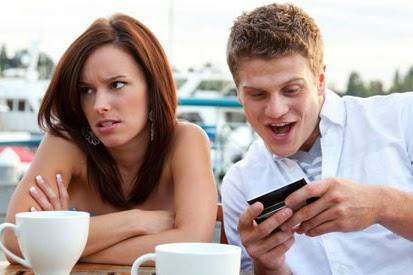 Kebiasaan Pengguna Smartphone