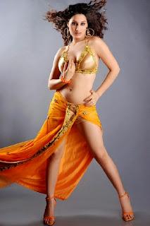 Arjuman Mugal Portfolio Spicy Kashmiri Girl Stunning
