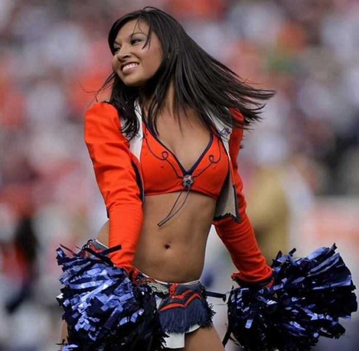 denver broncos cheerleaders nude