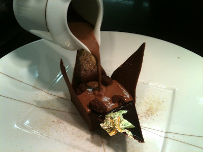 Laurent Jeannin at the Bristol Hotel. Manjari chocolate origami