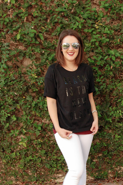outfit under $40  old navy graphic tee ann taylor loft denim casual look for fall autumn october