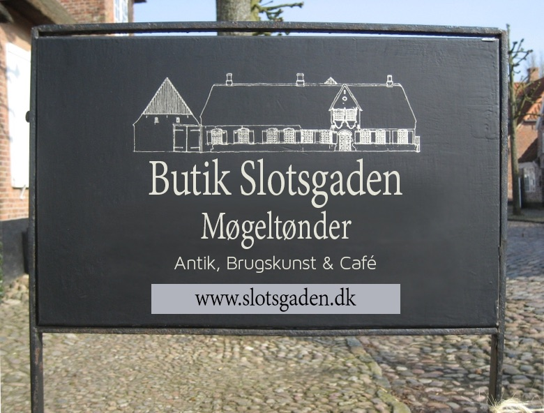 Antikviteter og loppefund i Slotsgaden: