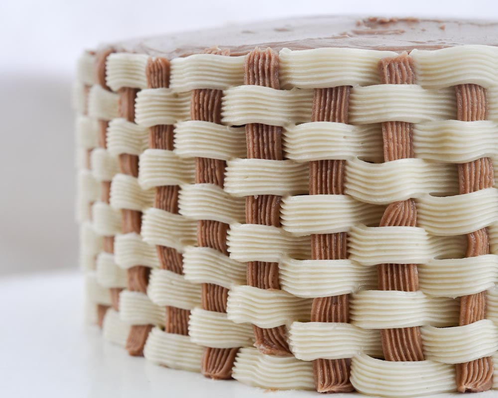 How To Basket Weave Buttercream : Beki cook s cake how to make a basket