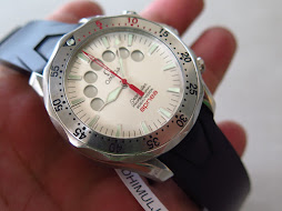 OMEGA SEAMASTER PROFESSIONAL 300M APNEA SILVER DIAL - RED DIVING INDICATOR - AUTOMATIC