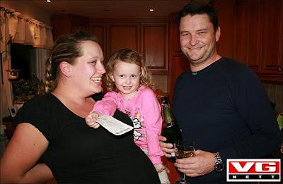 familia toca lotería por cada embarazo