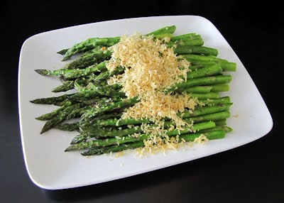 ... Like Food in Here: Roasted Asparagus with Parmesan-Garlic Crumbs