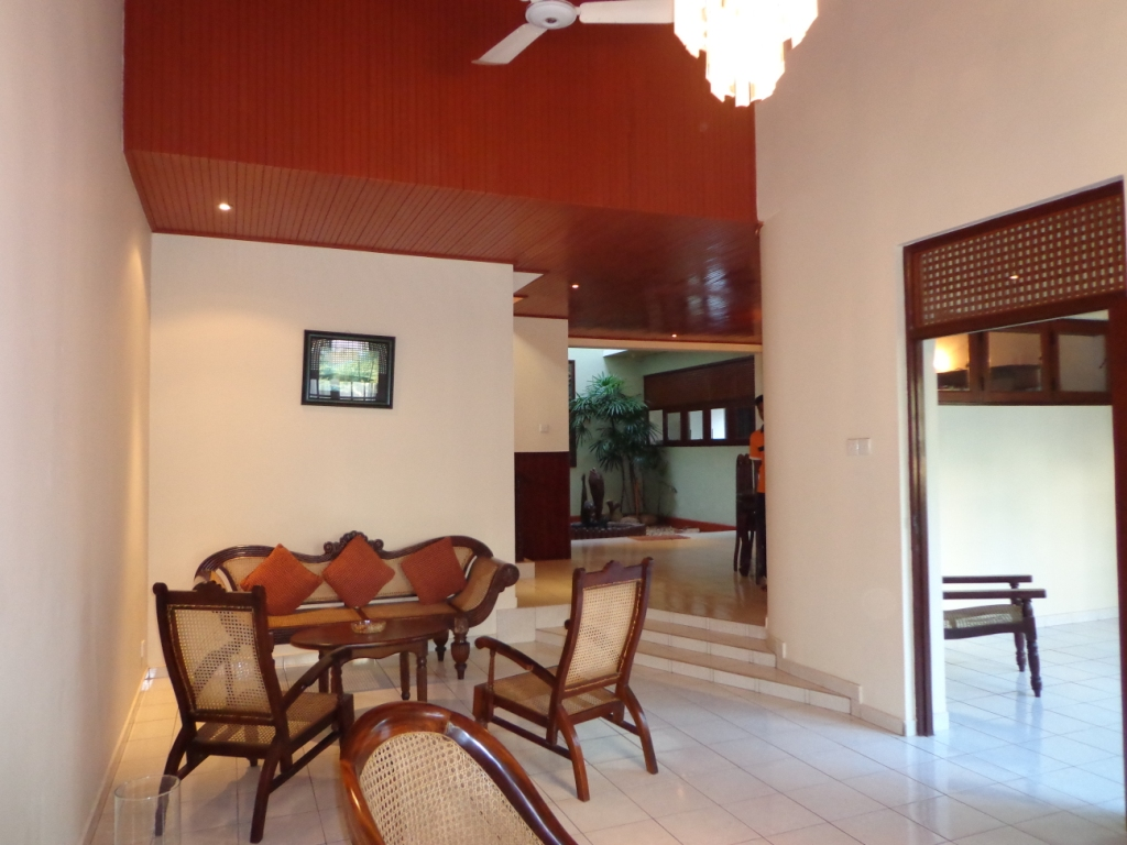 Properties in Sri Lanka: (1045) Two Storied Architectural ...
