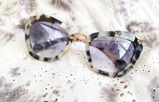 Miu Miu MU10NS KAD8V1 sunglasses