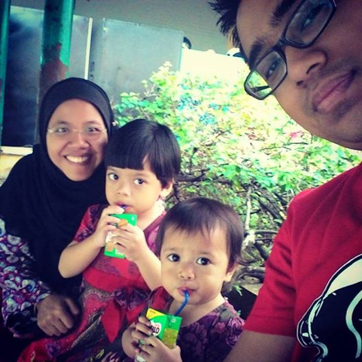 2015 at Selayang Hospital after Zihni's speech therapy #familypotrait