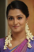 Ramya Nambeesan latest photos-thumbnail-4