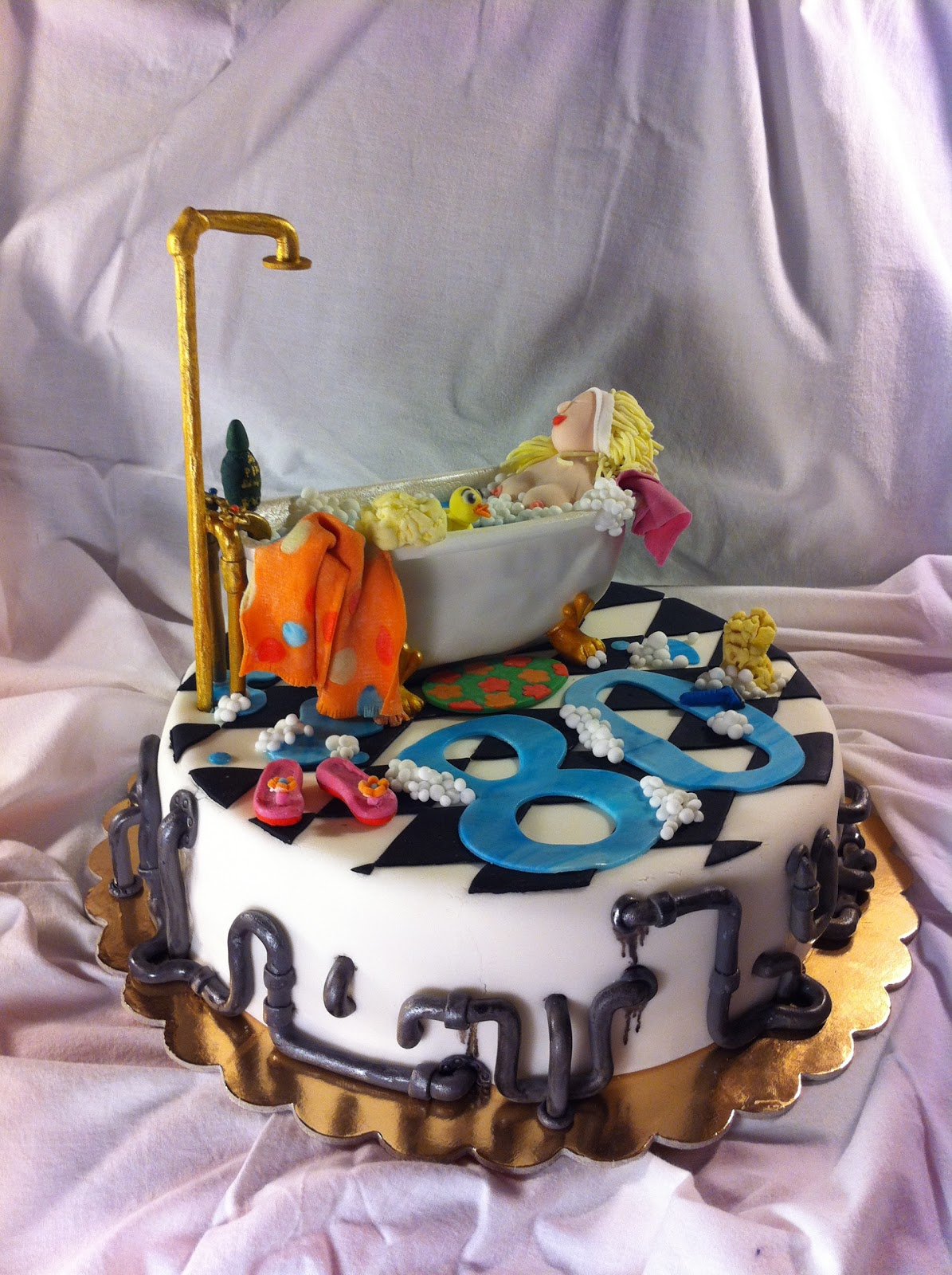 HYDRAULIC CAKE- by Red Carpet Cake Design® | Red Carpet Cake Design®