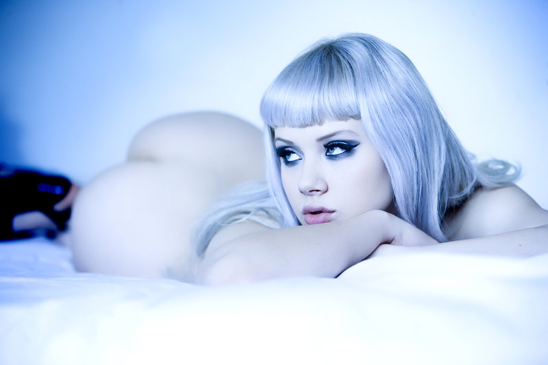 Mosh Nude Photos 13