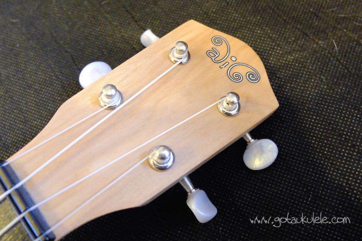 Alic Soprano ukulele headstock