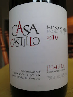 Label photo of 2010 Casa Castillo Monastrell from Spain