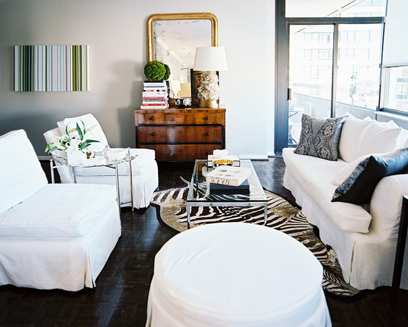 The peak of tr s chic new client work Zebra living room furniture