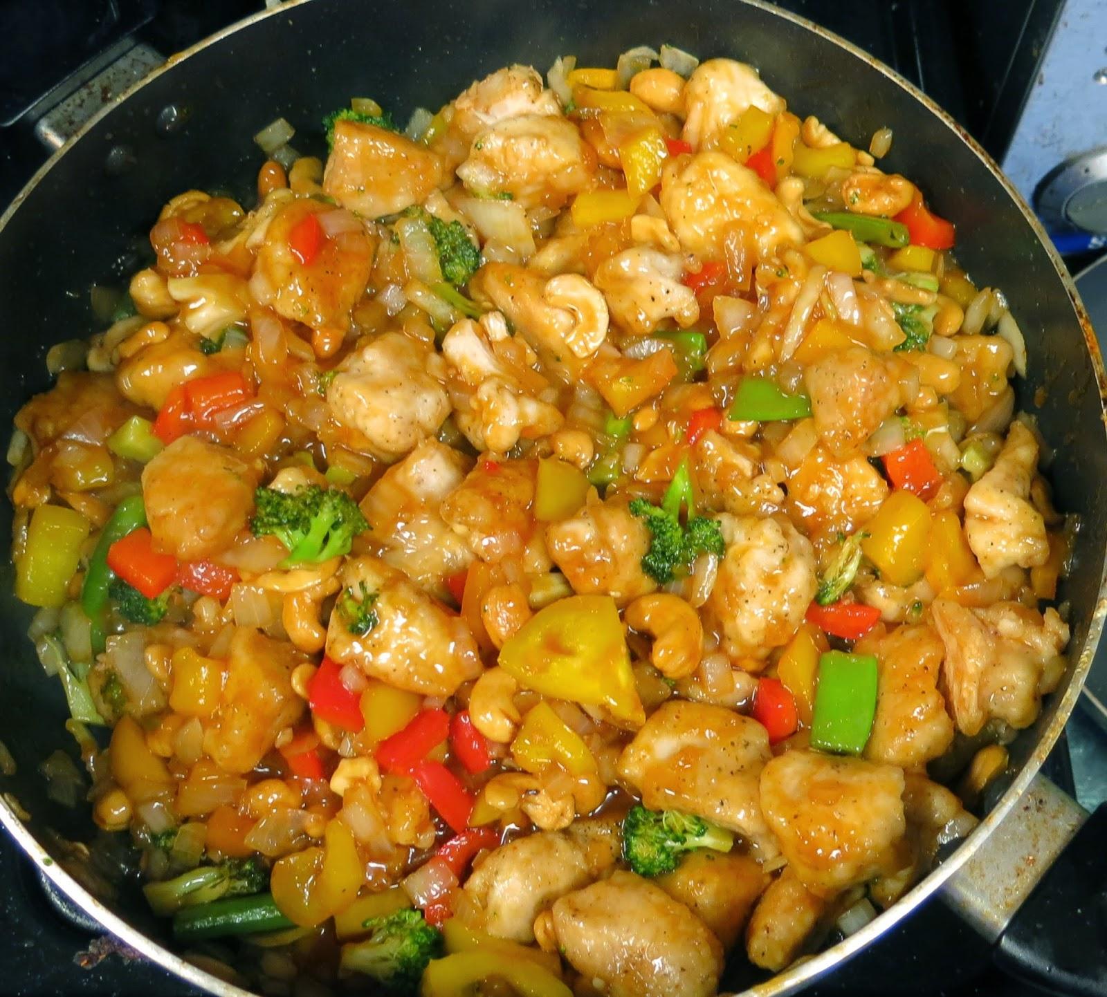 ... Healthy & Low Calorie: Honey Sriracha Cashew Chicken #TripleSBites