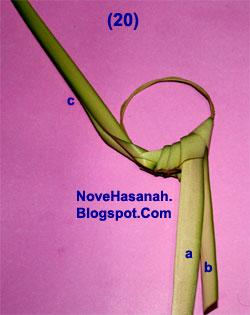 cara membuat kerajinan tangan atau prakarya dari janur daun kelapa muda berupa burung cenderawasih 20