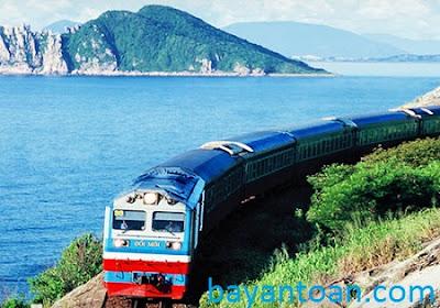 Mở tour du lịch tàu hỏa qua các tỉnh miền trung