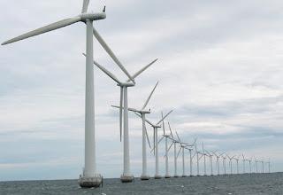 molinos eolicos en el mar