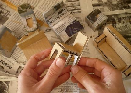 Sensitividad manualidades - Como hacer muebles para casa de munecas ...