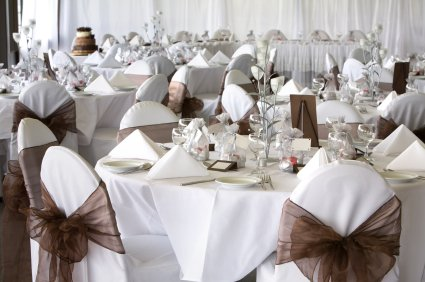 Wedding decorations ideas wedding reception decoration ideas for Decorating chairs for wedding reception