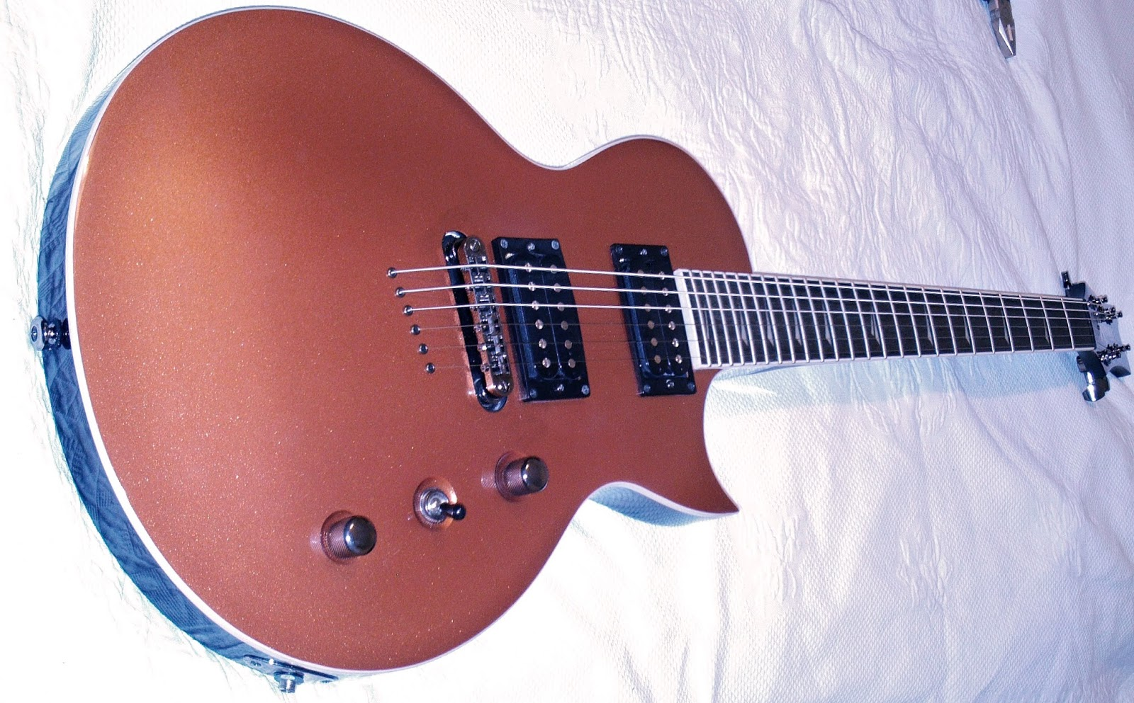 Kramer Assault 220 Copper Top Guitar Dreamer Pacer Custom Wiring Diagram The Older Ceramic Pickups Sounded Hotter And Modern Just Like A Set Of Esp Lh Series I Would Certainly Replace Stock Alnico Along With