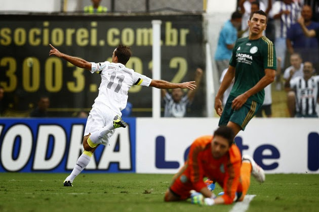 Thiago Ribeiro marca contra Palmeiras