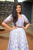 sri mukhi latest glamorous photos-thumbnail-8