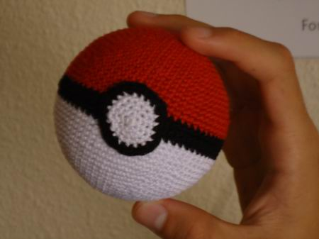 Pokeball de ganchillo tamaño grande