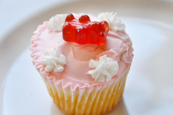 cupcake gummi bear