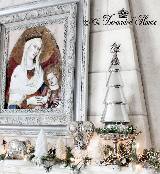 THE DECORATED HOUSE : White Christmas Decorating