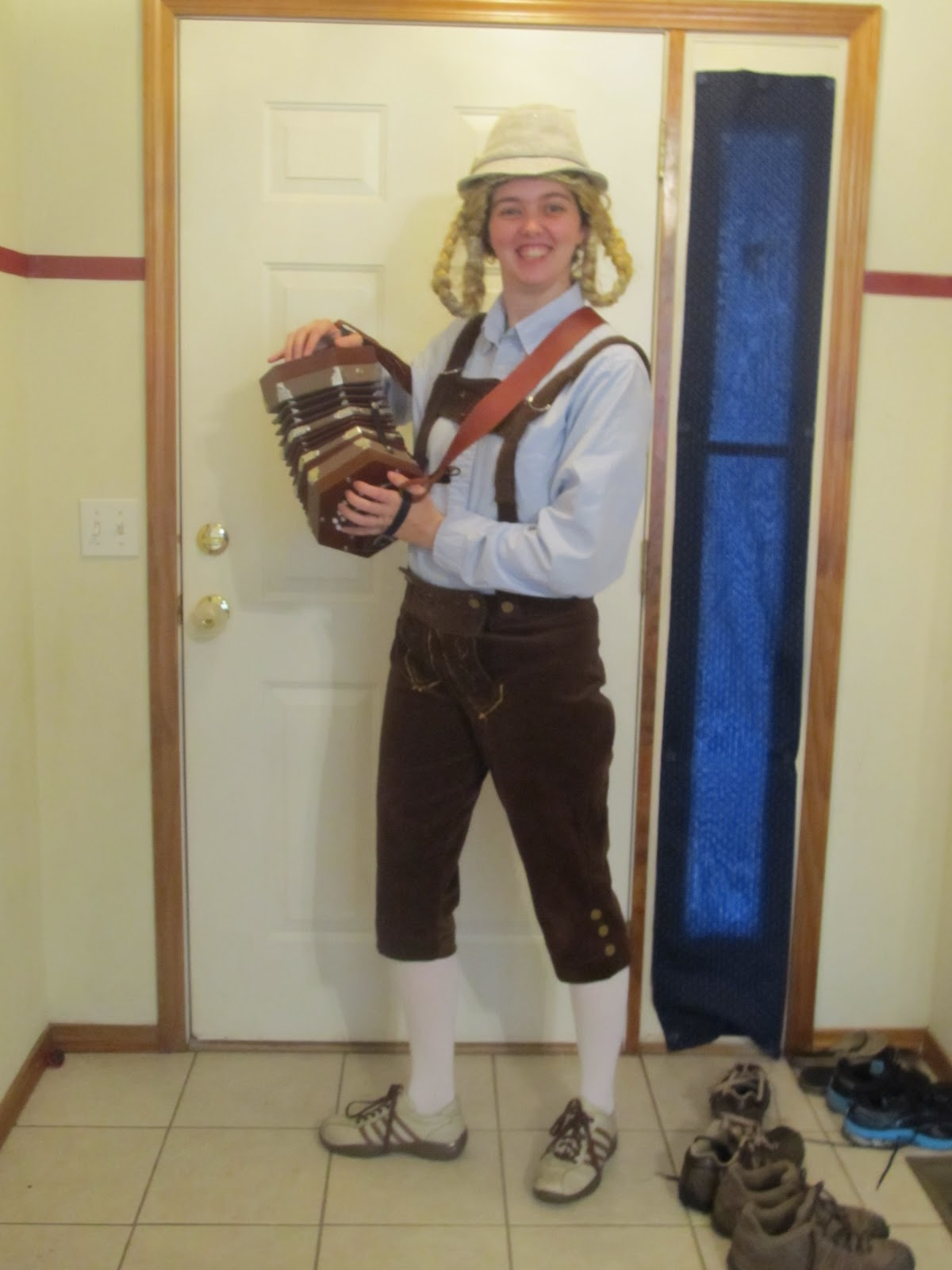 Diy project crazy homemade lederhosen with out a pattern solutioingenieria Image collections