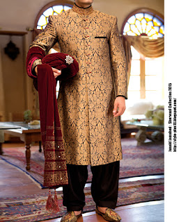 jjsw-435-black-gold-sherwani-collection-2015-by-junaid-jamshed