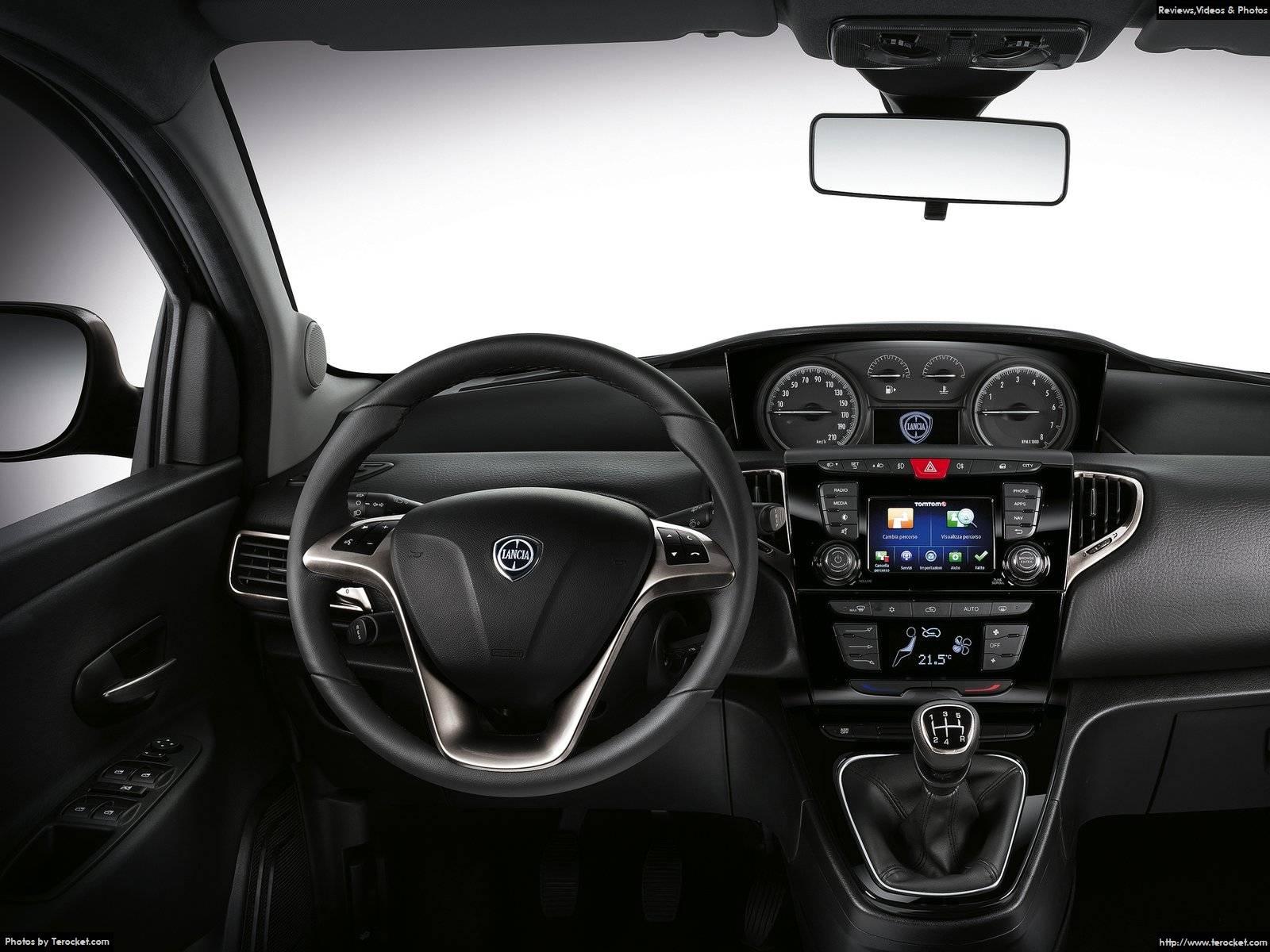 Hình ảnh xe ô tô Lancia Ypsilon 2016 & nội ngoại thất