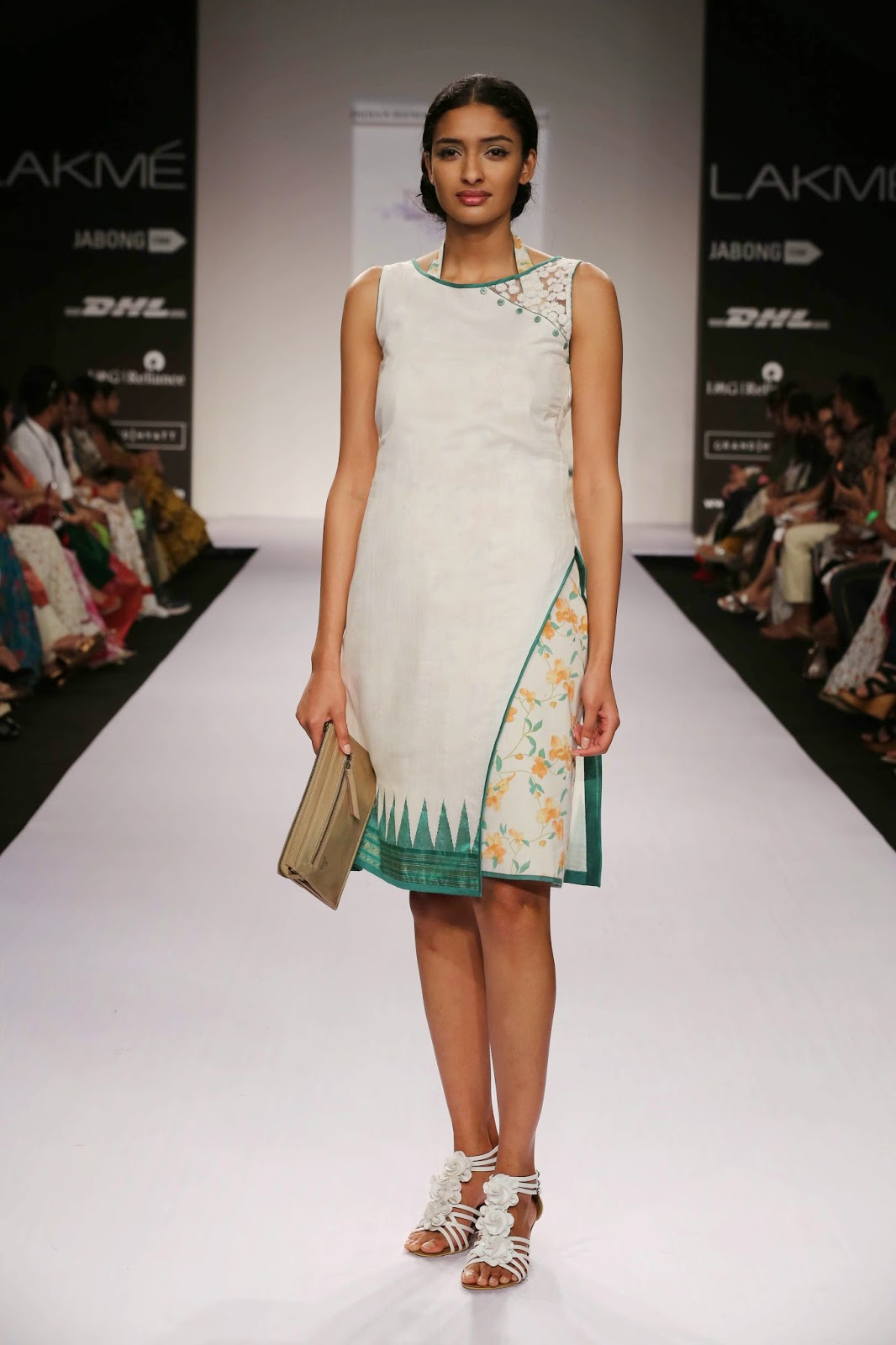 "Inspired by the beauty of Pondicherry Shruti Sancheti's ""Le Pondi"" collection for Lakmé Fashion Week Summer/Resort 2014 had all the gentle tranquil influences of the city."