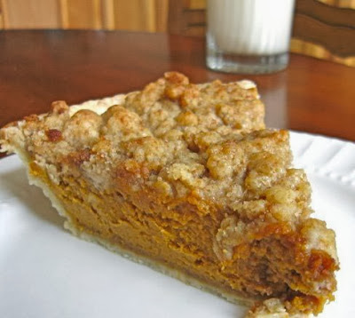 Pumpkin Pie with Maple Crumb Topping