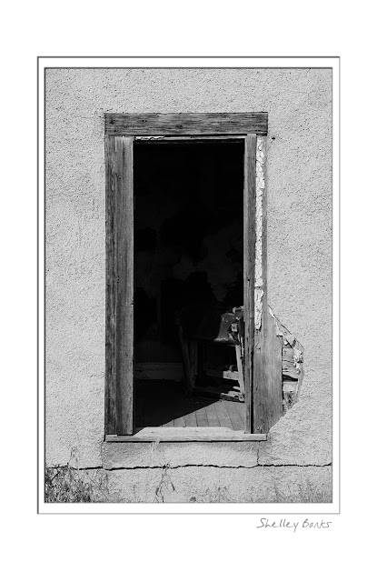 Doorway, Kedleston, Saskatchewan.   © SB   Copyright Shelley Banks, all rights reserved.