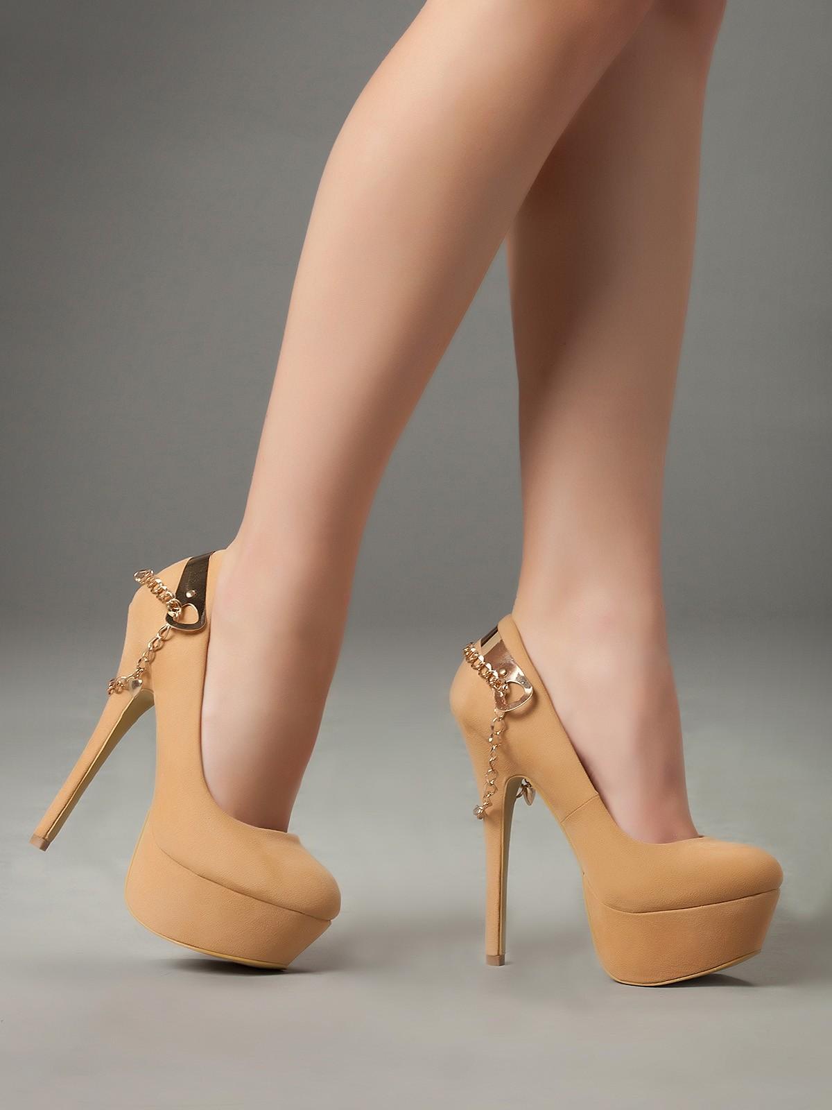 Tips de moda zapatos de tac n blog de moda complementos tendencias outfits casual boho jeans - Con 2 tacones ...