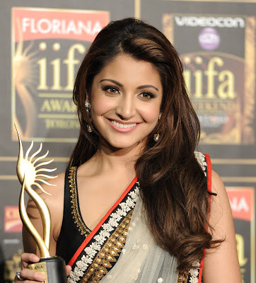 Anushka Sharma at IIFA 2013