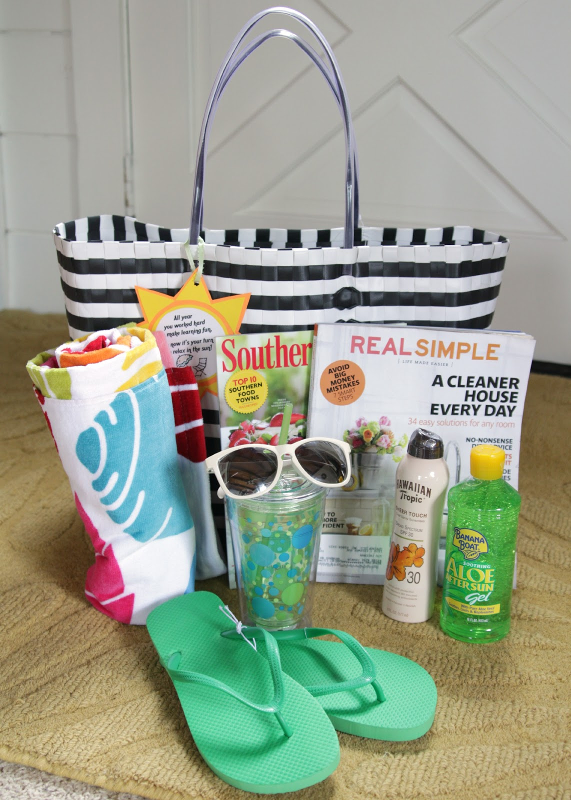 fun in the sun  summer relaxation kit with free printable  teacher appreciation