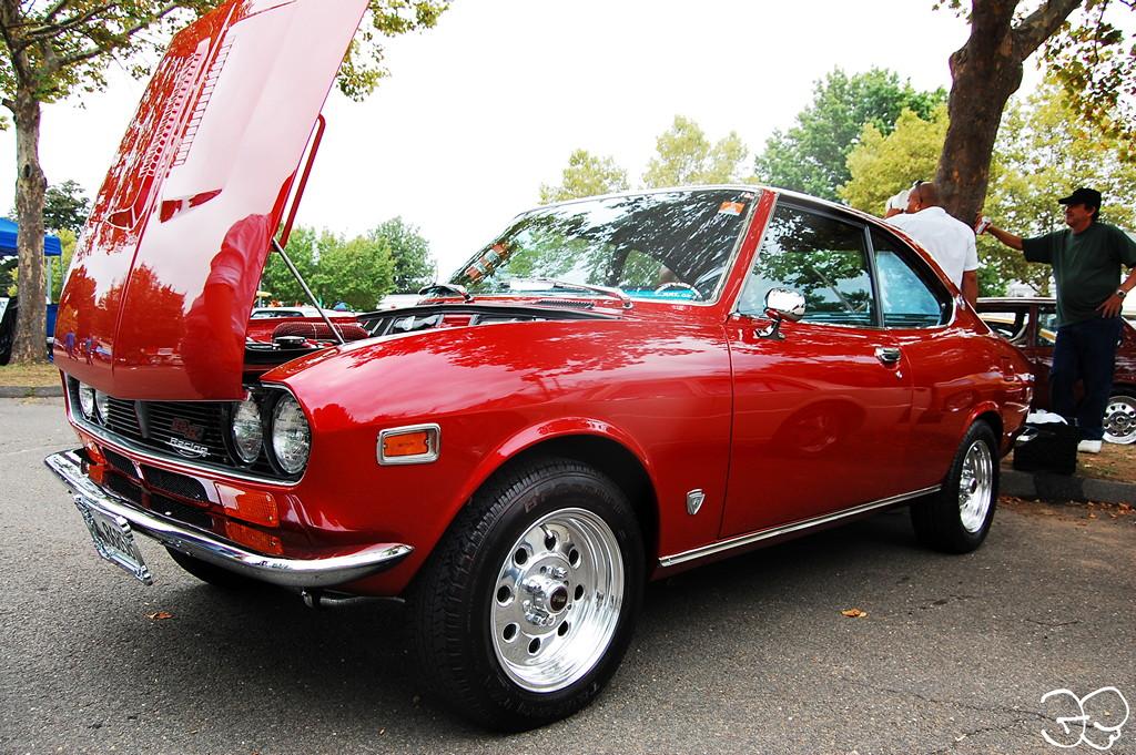 Mazda Capella RX-2 stary japoński samochód, coupe, oldschool, klasyk
