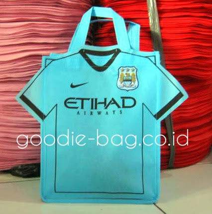 Goodie Bag Ultah Manchester City