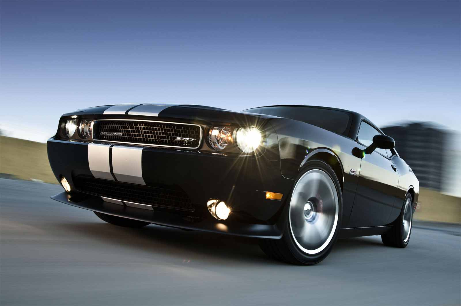 2012 dodge challenger srt8 392 live stream. Black Bedroom Furniture Sets. Home Design Ideas