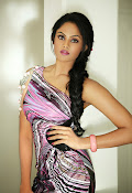 Karthika Nair latest Glamorous Photo shoot Gallery-thumbnail-1
