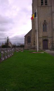 Oeren kerk en milit. begraafpl