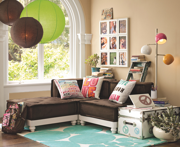 Suscapea teen girl hangout spot ideas for Teenage playroom design ideas